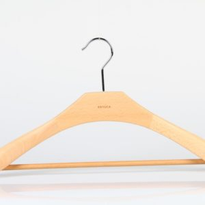 Wooden Hanger for Suit with Round bar